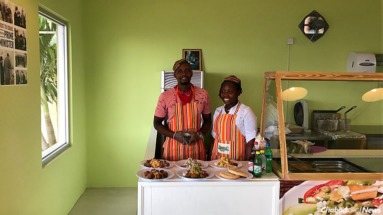 Kosher vegetarian fare with the flavor of the Caribbean is available at a new restaurant in Montego Bay. (Photo: Chabad of Jamaica)