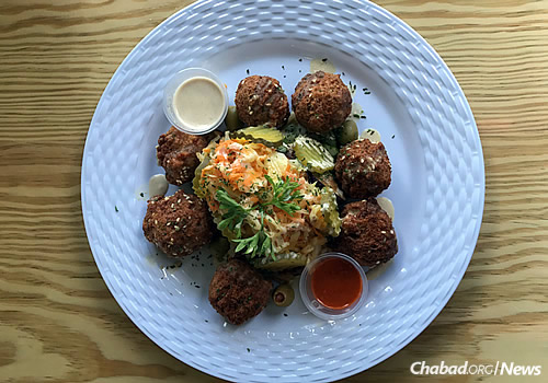 "Says a local resident: ""It is great to finally find falafel in Jamaica!"" (Photo: Chabad of Jamaica)"