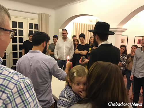 (Photo: Chabad of Hanoi)