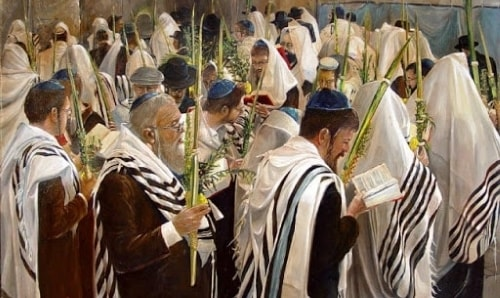Jews circling the bimah on Sukkot. Credit: Alex Levin