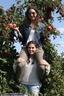 Chabad Goes Apple Picking