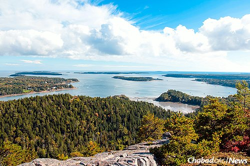 Acadia National Park (Photo: Wikimedia Commons)