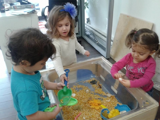 Morning learning centres allow kids to explore, imagine, build and develop self control skills.