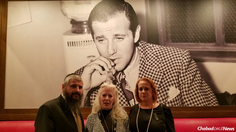 "Rabbi Mendy Harlig with Cindy Rosen, center, and Wendy Rosen, granddaughters of Benjamin ""Bugsy"" Siegel, the charming, notorious Jewish mob figure widely recognized as the visionary behind modern Las Vegas."