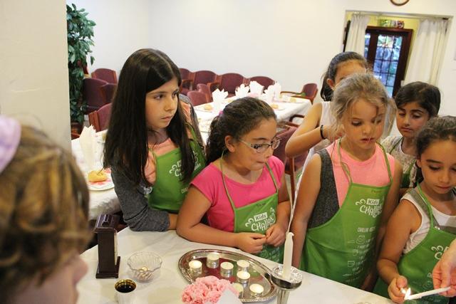 KIDS Challah Bake & Shabbat Dinner