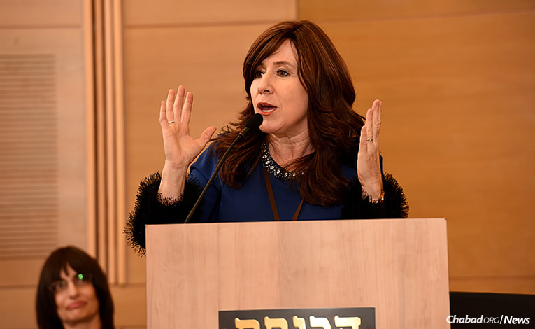 Chabad emissary Goldie Plotkin spoke at a Knesset meeting on the need for premarital counseling, education and support for Jewish men and women. (Photo: Eden Video)