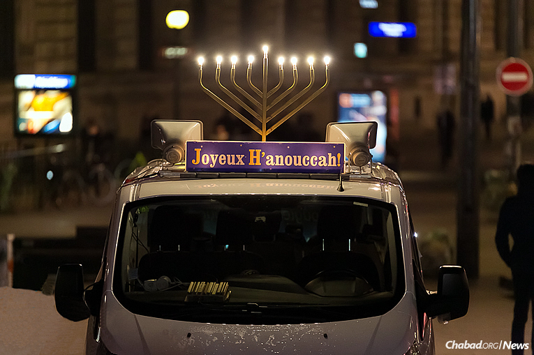 Happy Chanukah from France! (Photo: Thierry Guez)