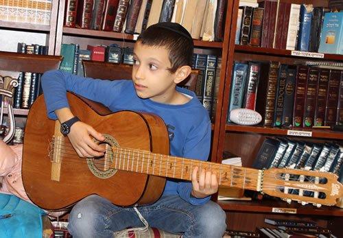 Menachem Mendel (Memi) Rieber in the Chabad shul.
