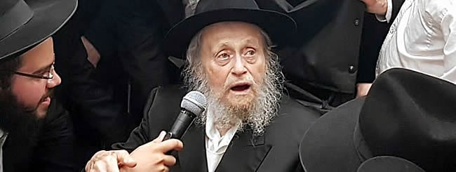 Mendel Morosov, 101, Personification of Chassidic History and Wit