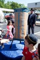 Lab B'Omer-Hachnasas Sefer Torah