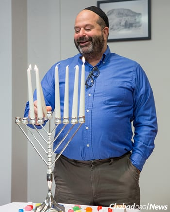 Volunteers like Mike Levin, a Chicagoan who has lived in Iceland since 1986, helped keep the flame of Jewish life alive.