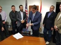 Menorah Lighting with the Mayor 2017