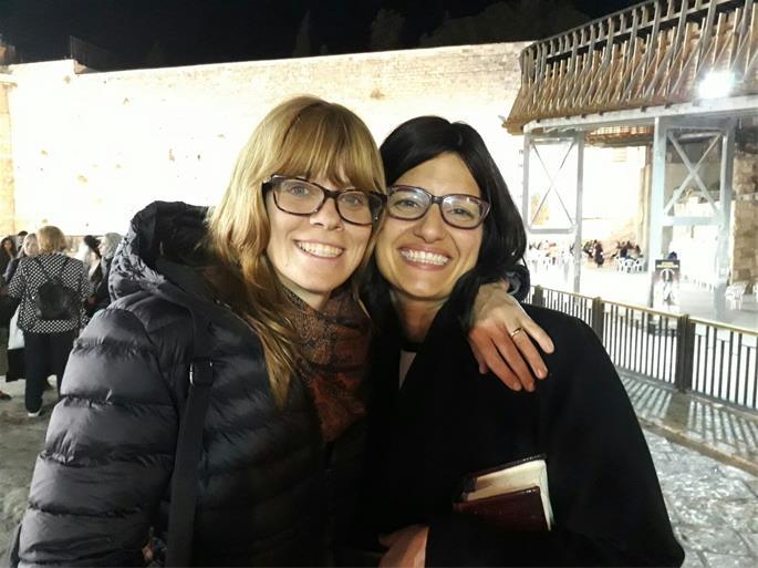 Roni Pasternak, left, and Chana Gorenstein
