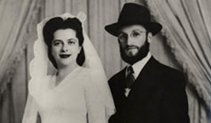 Esther Bukiet and Rabbi Chaim Meir Bukiet at their wedding in 1948 in Montevideo, Uruguay.