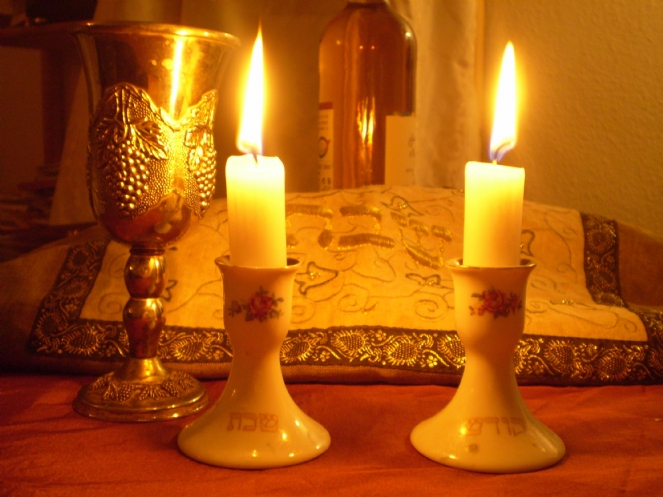 Shabbat dinner image.jpg