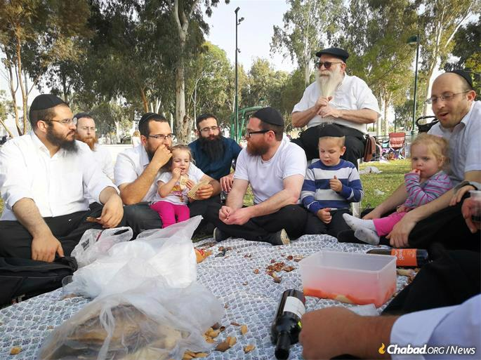 The project follows a centuries' long history of Chabad in the Land of Israel, beginning with its founder, Rabbi Schneur Zalman of Liadi.