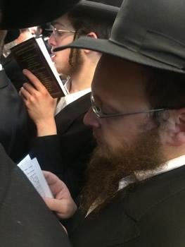 Rabbi Yosef Yitzchok Halperin