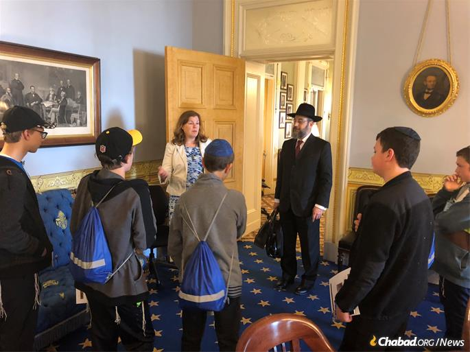 The students received lessons in U.S. government and history from Treasury staff.