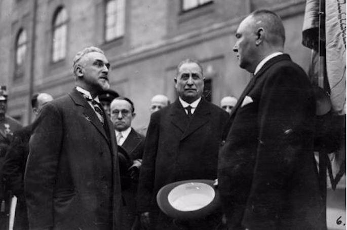 Mizrachi Deputy Mordechai Nurock (left) with Latvian President Alberts Kviesis.