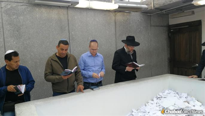 Knesset members Yoel Hassan and Oded Forer, with Rabbi Joseph Aharonov.