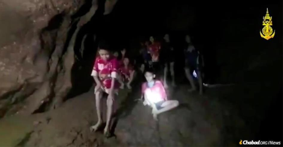 A soccer team of 12 boys, along with their coach, have been trapped for more than two weeks in a Thailand cave. (Photo: Royal Thailand Navy)