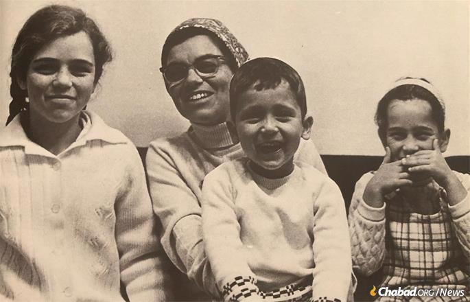 Shifra Marasow and her children