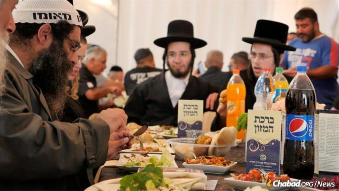 Attendees came from all walks of Jewish life. (Photo: Omri Pri)