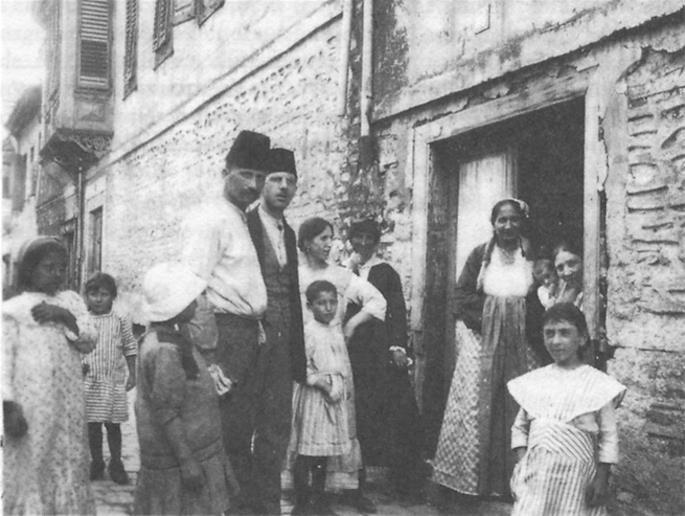 A large and lively Sepharadic community once lived in Salonica, Greece.