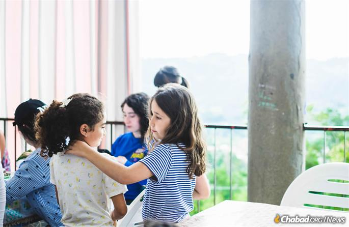 "The beauty and homeyness of Villa Bozio sets the tone of camp. ""It just creates a lighter, happier, closer atmosphere."" (Photo: Batsheva Helena Goldreich for Chabad.org)"