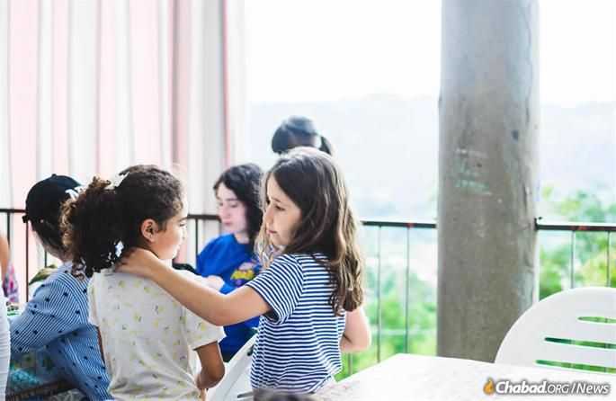 """The beauty and homeyness of Villa Bozio sets the tone of camp. """"It just creates a lighter, happier, closer atmosphere."""" (Photo: Batsheva Helena Goldreich for Chabad.org)"""