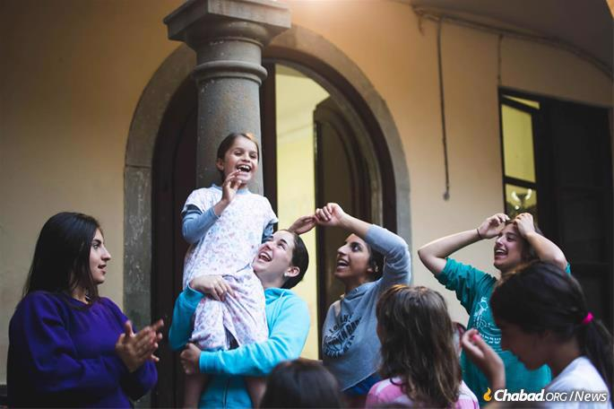 """Camp showed that """"children could be excited about their Jewishness today,"""" says founder Bassie Garelik. """"It's not a burden, it's fun and inspiring; lucky you."""" (Photo: Batsheva Helena Goldreich for Chabad.org)"""