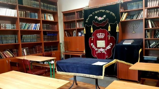 sinagogue BCK.jpg