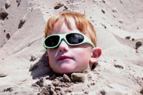 sunglasses-clog-pores-1.jpg