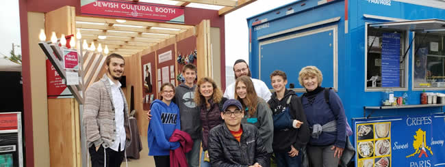 North America: Alaskans Get a Taste of Jewish Tradition and History at State Fair