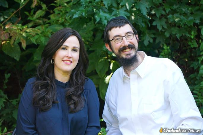 Rabbi Mendy and Shterna Kaminker, co-directors of Chabad of Hackensack, N.J., will host Rabbi Wagner at an event on Nov. 5.