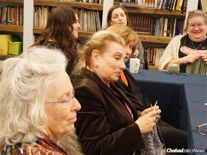 Newbie knitter Barbara Glazer, center, was impressed by Hurwitz's breadth of knowledge and by the discussions after the talk.