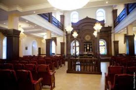 synague interior.jpeg