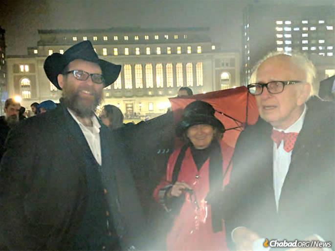 L to R: Rabbi Yonah Blum, Denise Kandel ad Nobel laureate Eric Kandel.