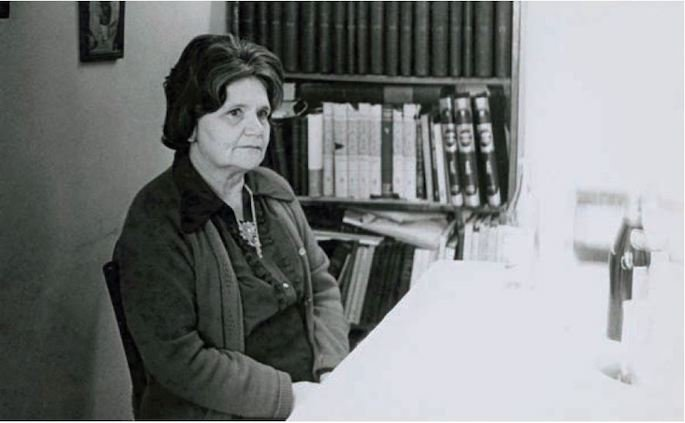 Oz's teacher, Zelda Schneerson-Mishkovsky, who was also the Rebbe's first cousin.