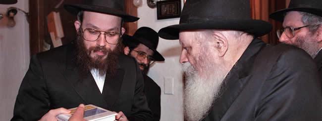 January 2019: Remembering Rabbi Yonah Avtzon, 61, Prolific Publisher and Legendary Matchmaker