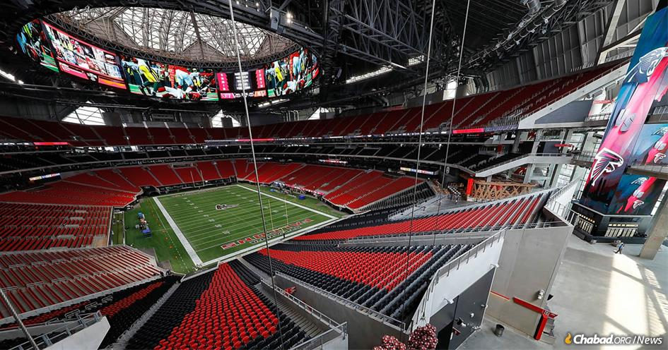 Chabad-Lubavitch of Georgia will throw a kosher Super Bowl tailgate party outside the Mercedes-Benz Stadium in Atlanta on game day, in addition to having tefillin on hand and hosting afternoon Minchah services.