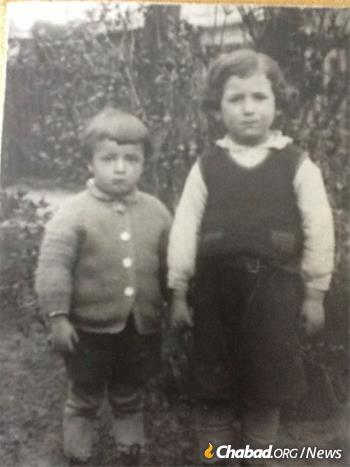 Miller, left, with his brother in pre-war Poland.