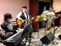 Cafe Chabad: Kumzitz