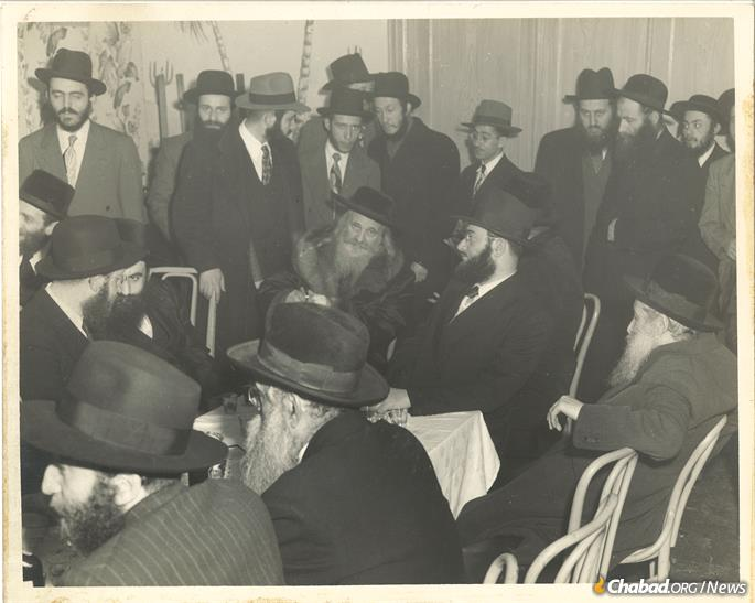 The Satmar Rebbe (wearing fur collar) officiated at the Landas' wedding.