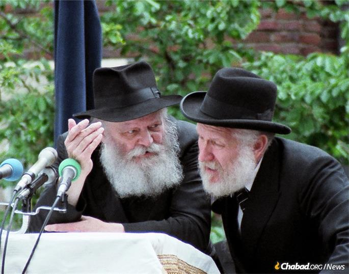 Among other positions, Rabbi J.J. Hecht served as the Rebbe's English translator at many public functions, including the grand Lag BaOmer parades held on Eastern Parkway beginning in the early 1950s. (Photo: Courtesy NCFJE)