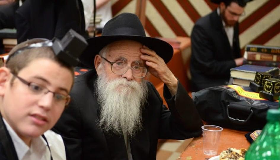 "Reb Velvel Kesselman, a leading Chabad ""mashpia"" (spiritual mentor)"