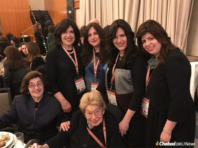 a11488c163d At the International Conference of Chabad Lubavitch Women Emmiseries