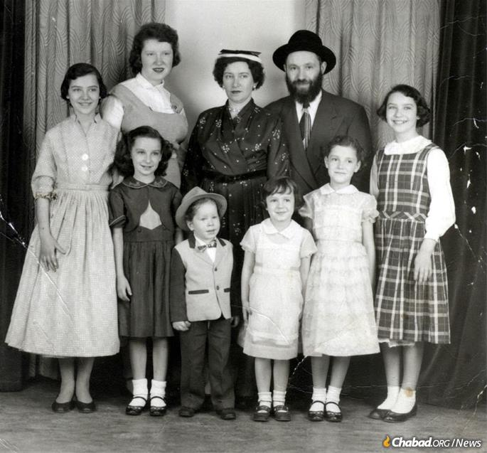 274085821e2 The Kazens raised a Chassidic family in Cleveland