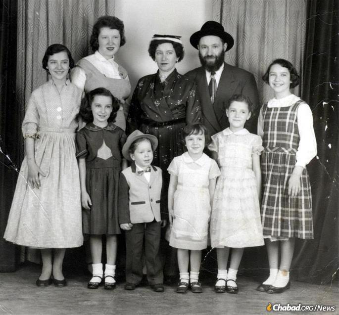 Os Kazens criaram uma família chassídica em Cleveland, Ohio.