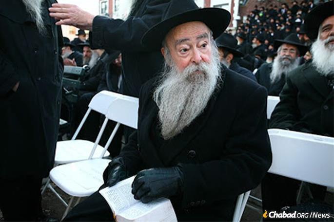Rabbi Aharon Serebryanski